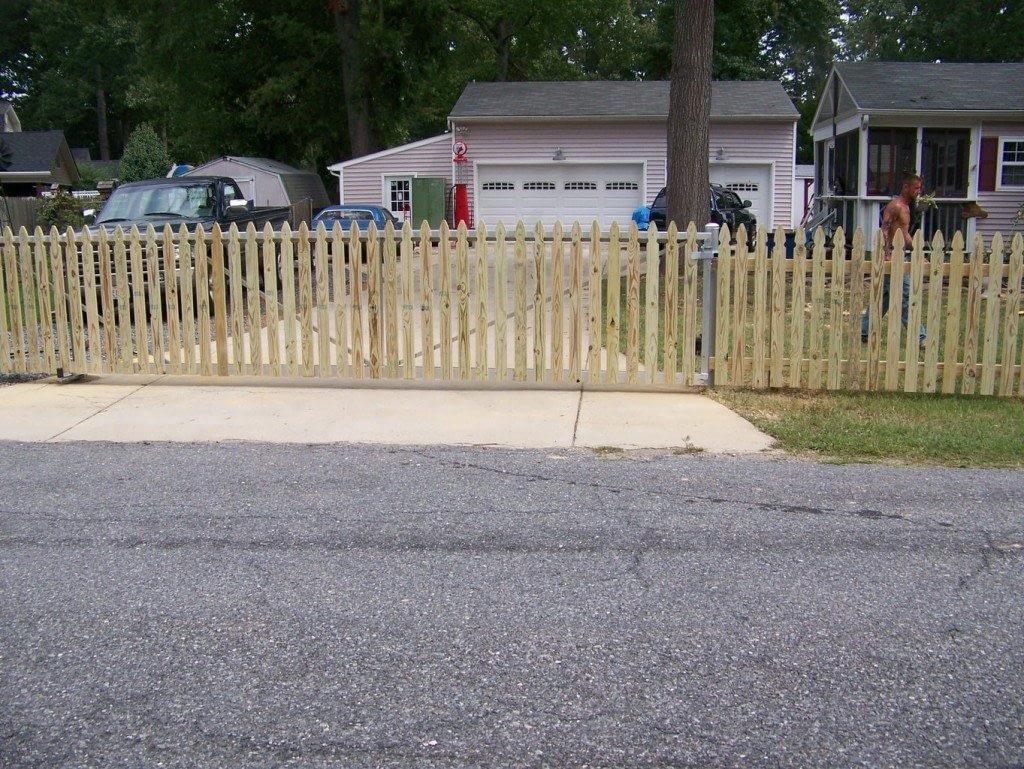 residential wood fencing near in California