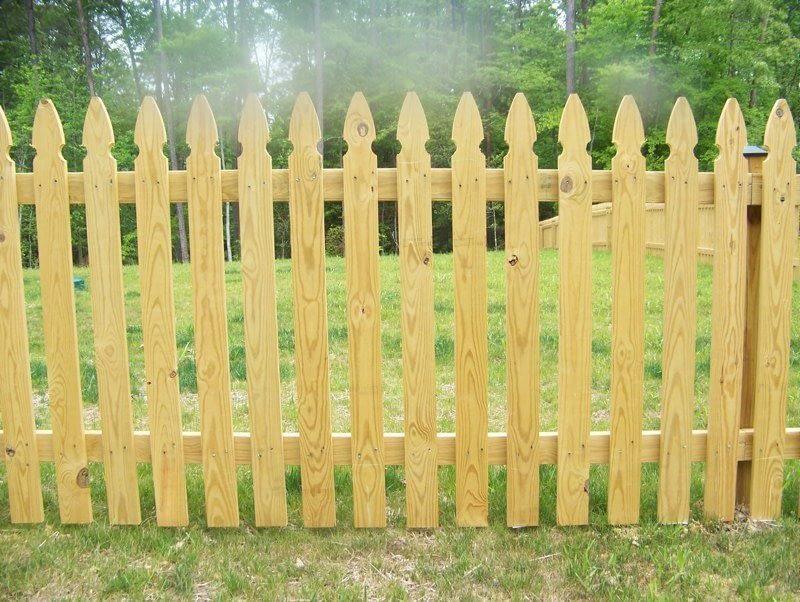 Gothic Fence Picket in Hyattsville