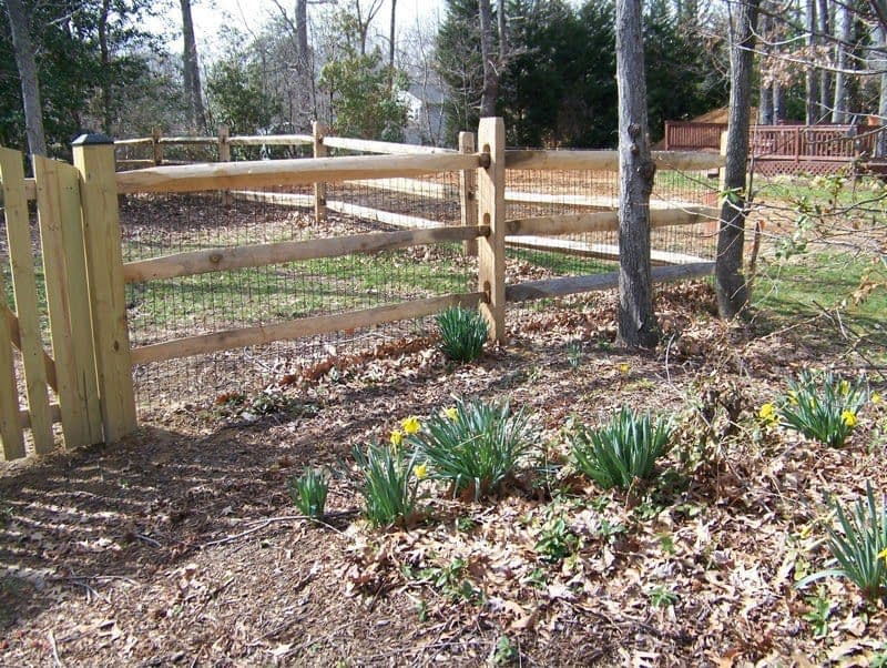 Split Rail with Wire Mesh wood fences in Western Shores
