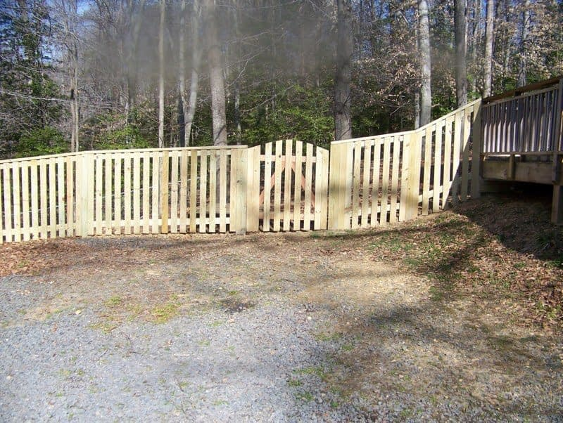 wooden fences in Dunkirk MD
