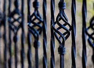 front yard fence in Newburg