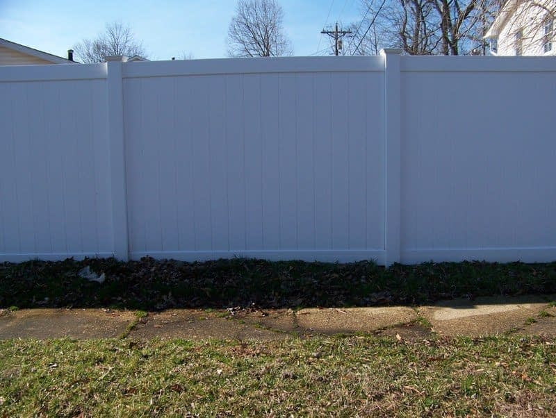 very tall stock vinyl fence close to Calvert County