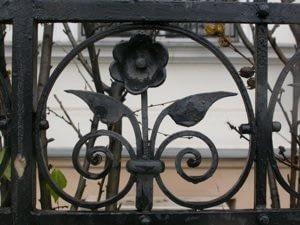 ornamental fence design in Maryland