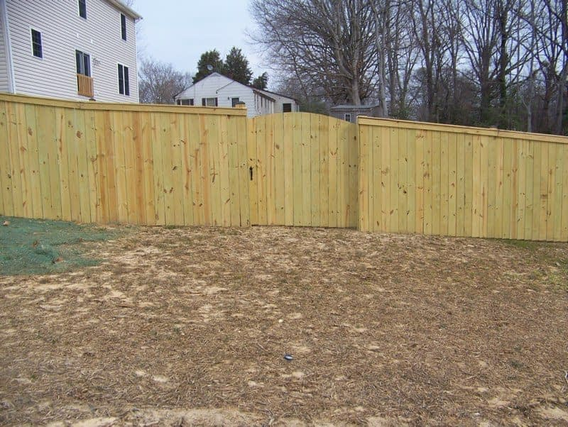 Vinyl fence around town homes in St. Mary's County