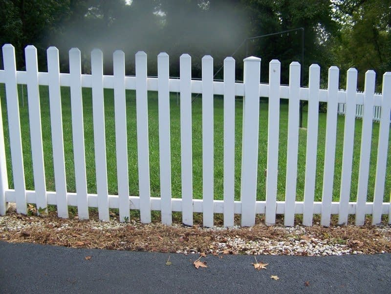Zooming Vinyl Fence at Maryland
