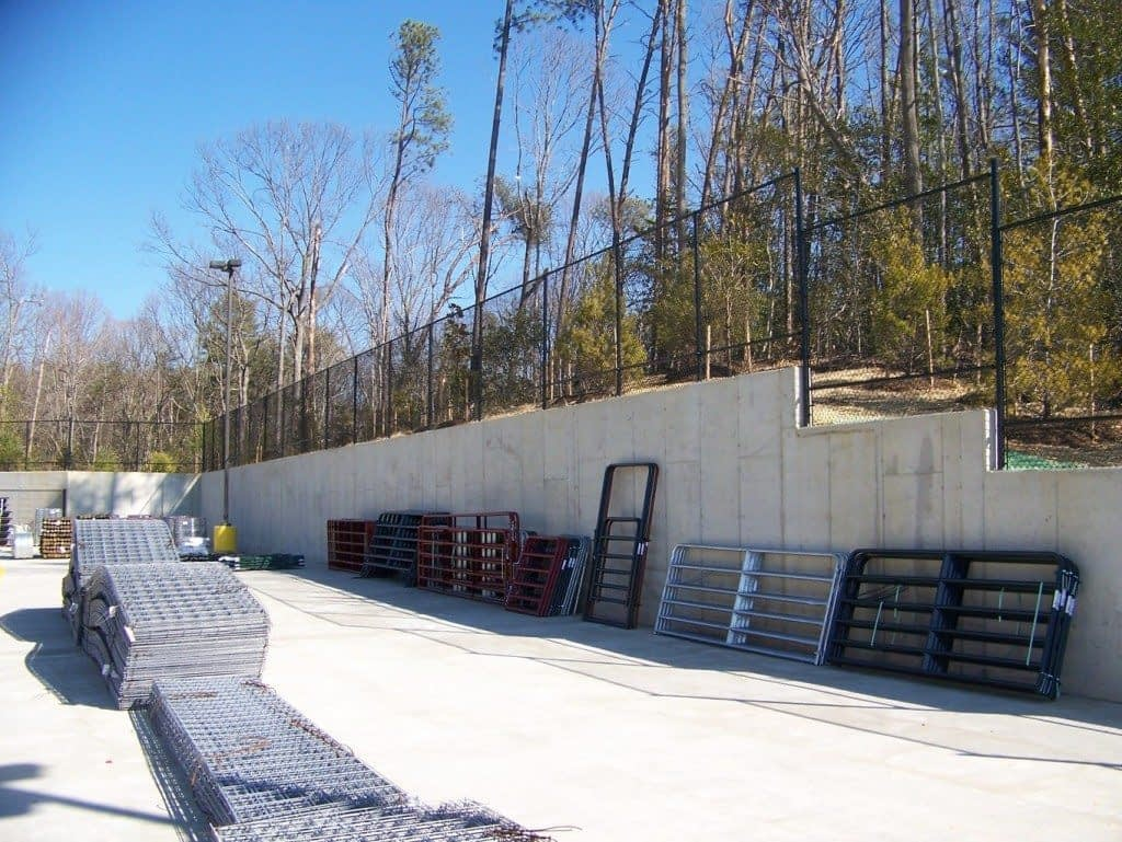 metal commercial fence near by Upper Marlboro