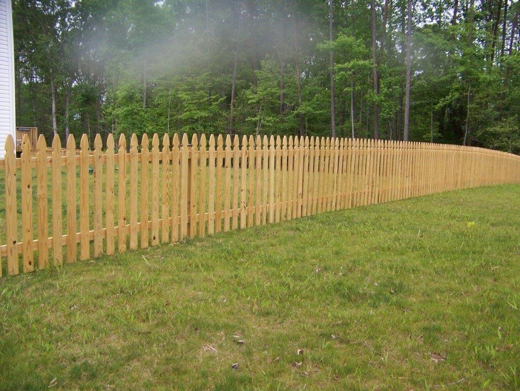 vinyl fencing close to Waldorf